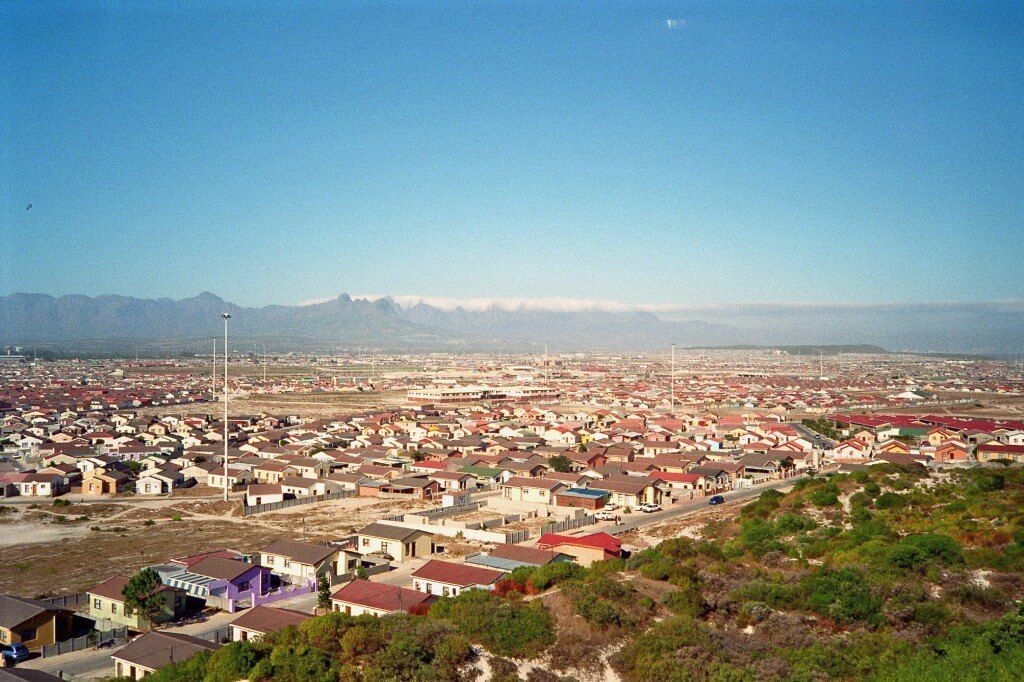 Jurisdiction over police failures in Khayelitsha, South Africa: the inter-governmental dispute