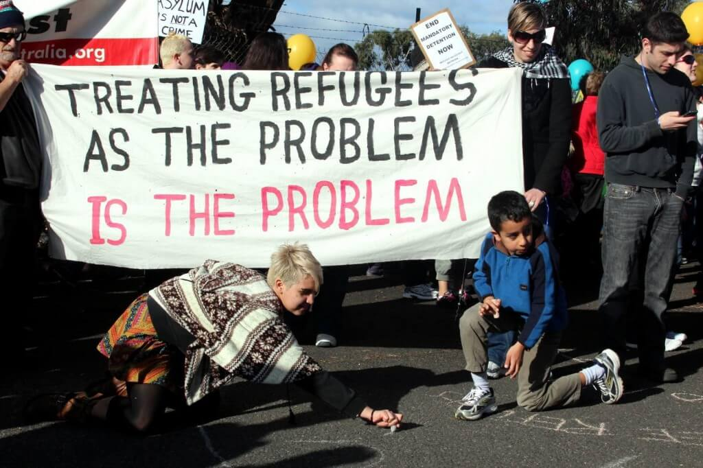 Refugee rights and the lucky country:  Does Australia's regional resettlement plan violate human rights?