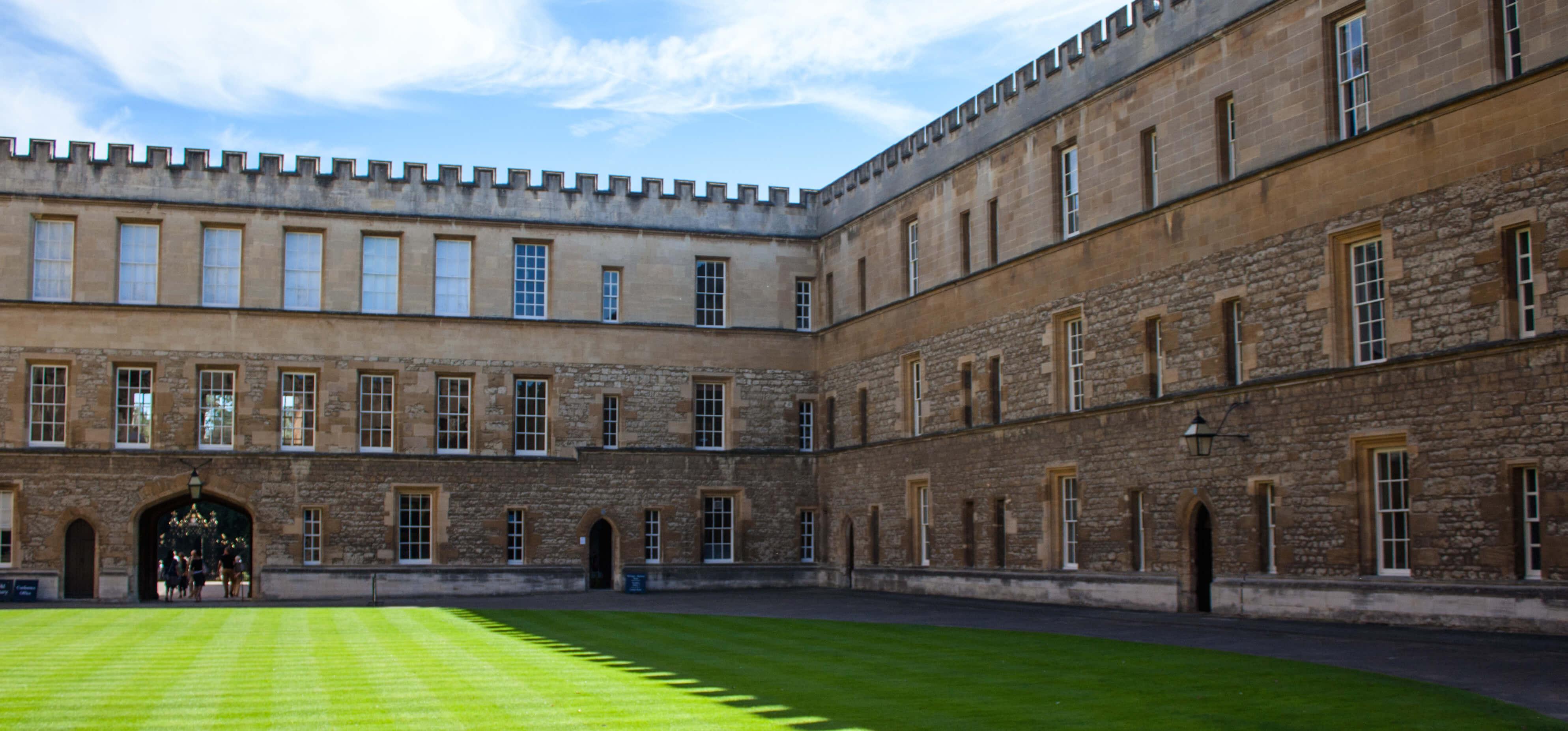 International Human Rights Law Programmes at Oxford