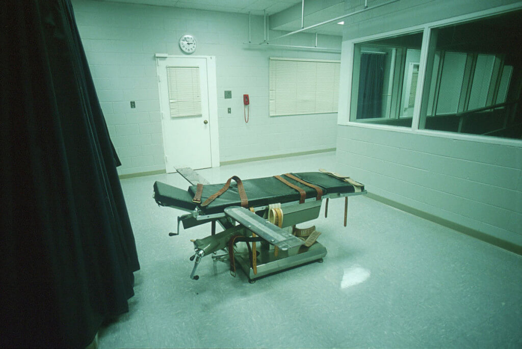 The Mandatory Death Penalty and Narratives of the Common Law