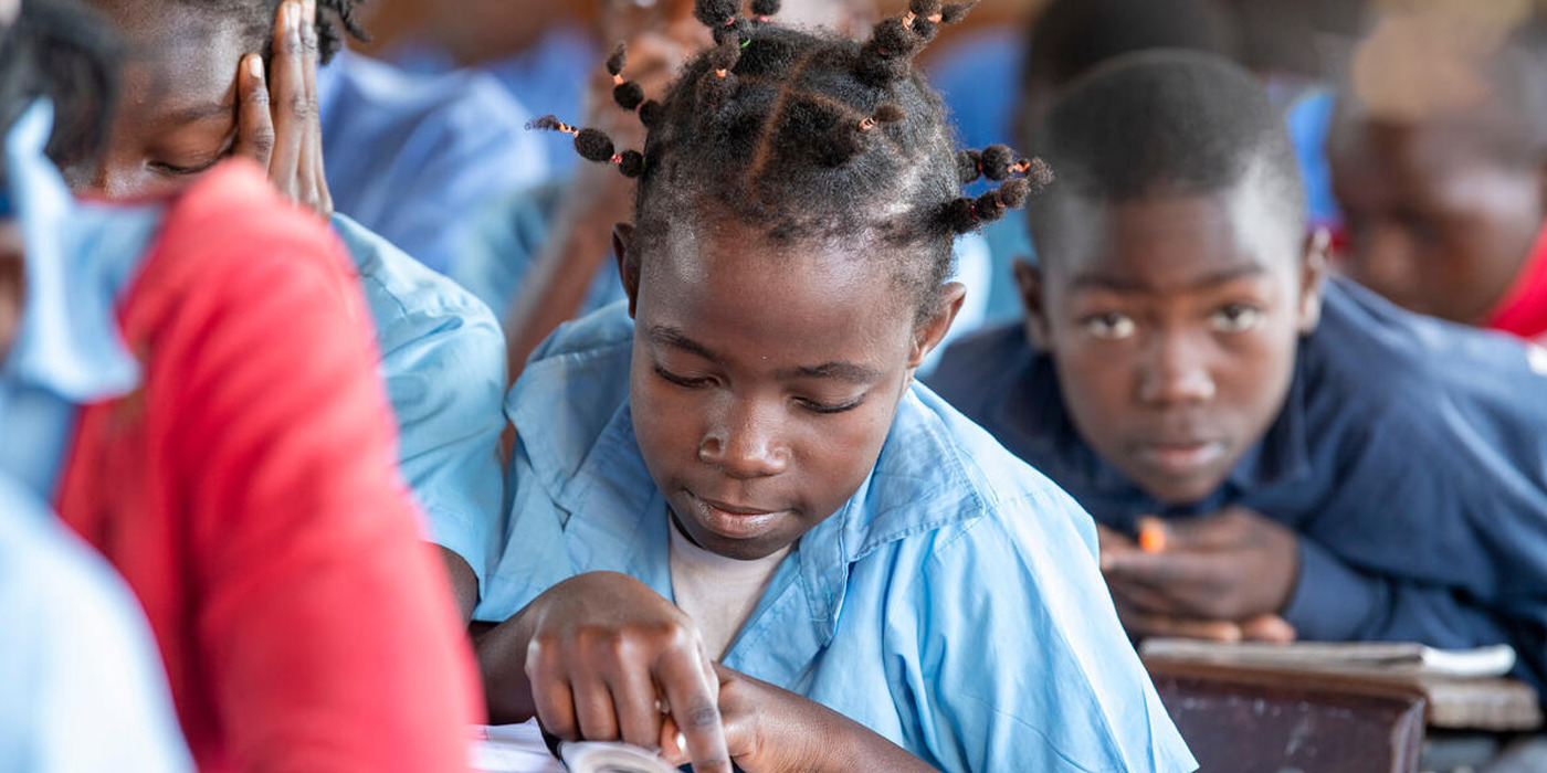 Setting the Rules of the Game: how can regulations of private actors ensure the right to education post-2015?