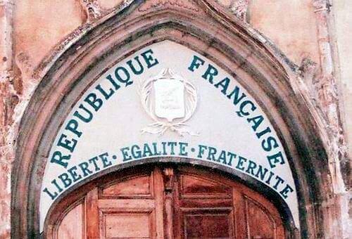 Politics of laïcité in France : The republican project under pressure (2004-2015)-Dr Stephanie Hennette Vauchez (Université Paris Ouest Nanterre La Défense)
