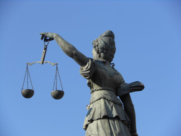 Universal jurisdiction to the rescue: a way forward for victims of Franco-era crimes of gender-based violence?