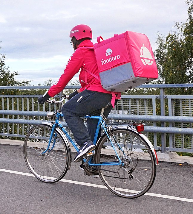 Foodora Couriers are 'Dependent Contractors' Rules Ontario Labour Relations Board